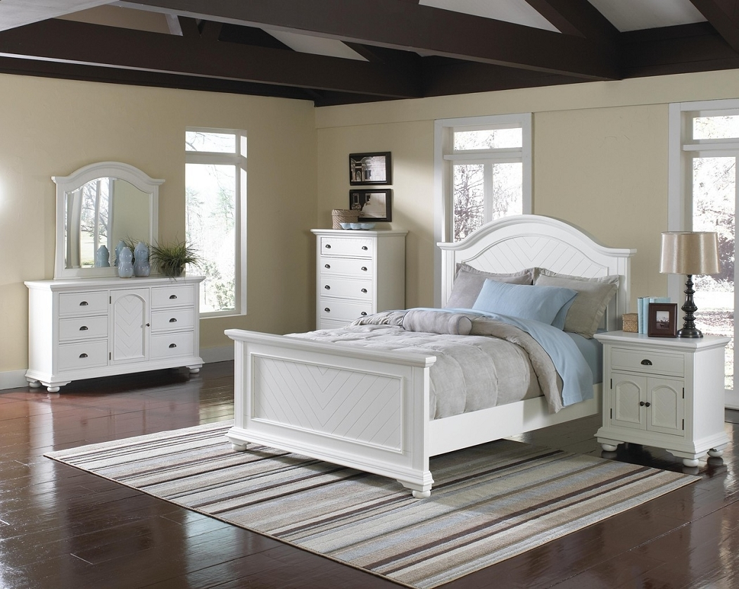 pure white queen bedroom set with brown striped rug on laminate floor plus cream wall paint