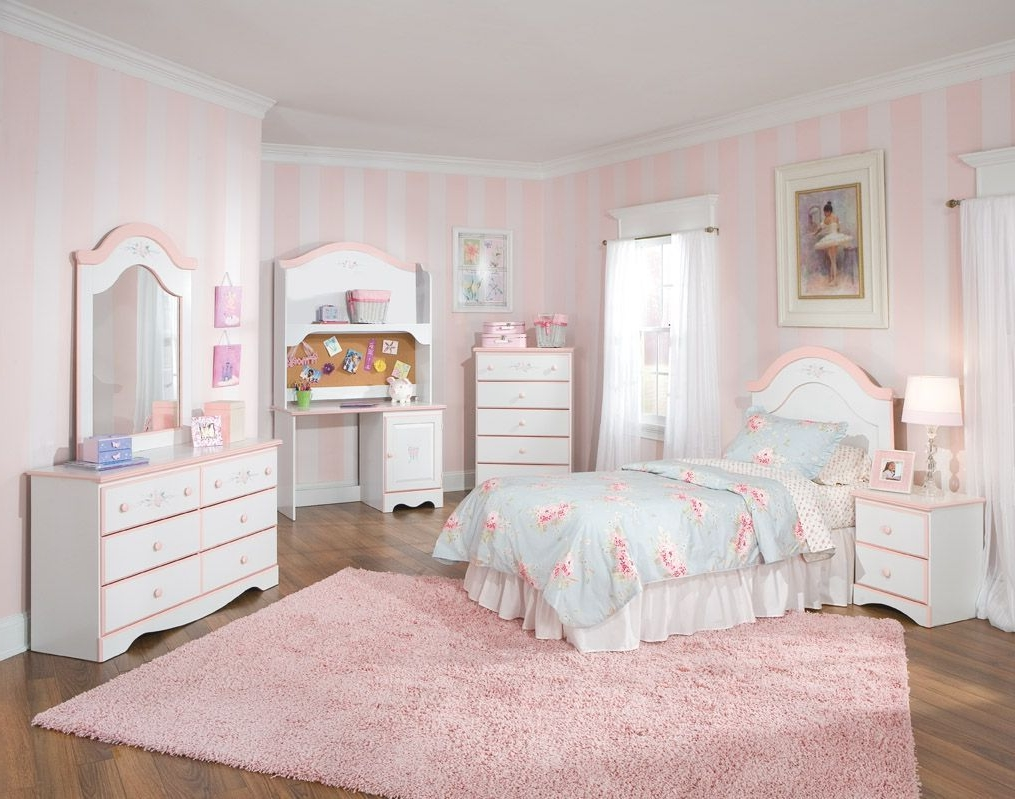 Corner twin bed bedroom sets for boys - Trendy Kids Bedroom Sets With Corner Chest Of Drawer And Pretty Twin Bed