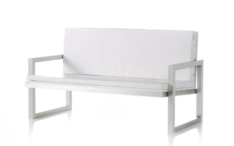 Lovely Modern Outdoor Chair Design Idea In White Trendy Modern Outdoor Design Ideas (View 10 of 20)