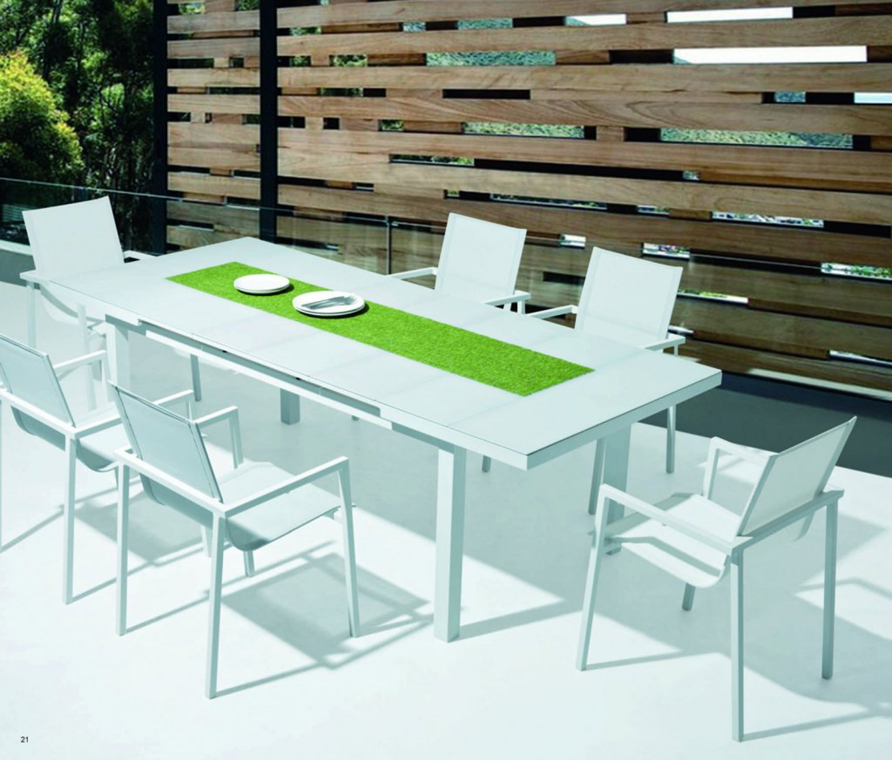 Lovely Outdoor Dining Set Idea With White Table With Pea Soup Tablecloth And White Chair Admirable Outdoor Dining Set Ideas (View 17 of 20)