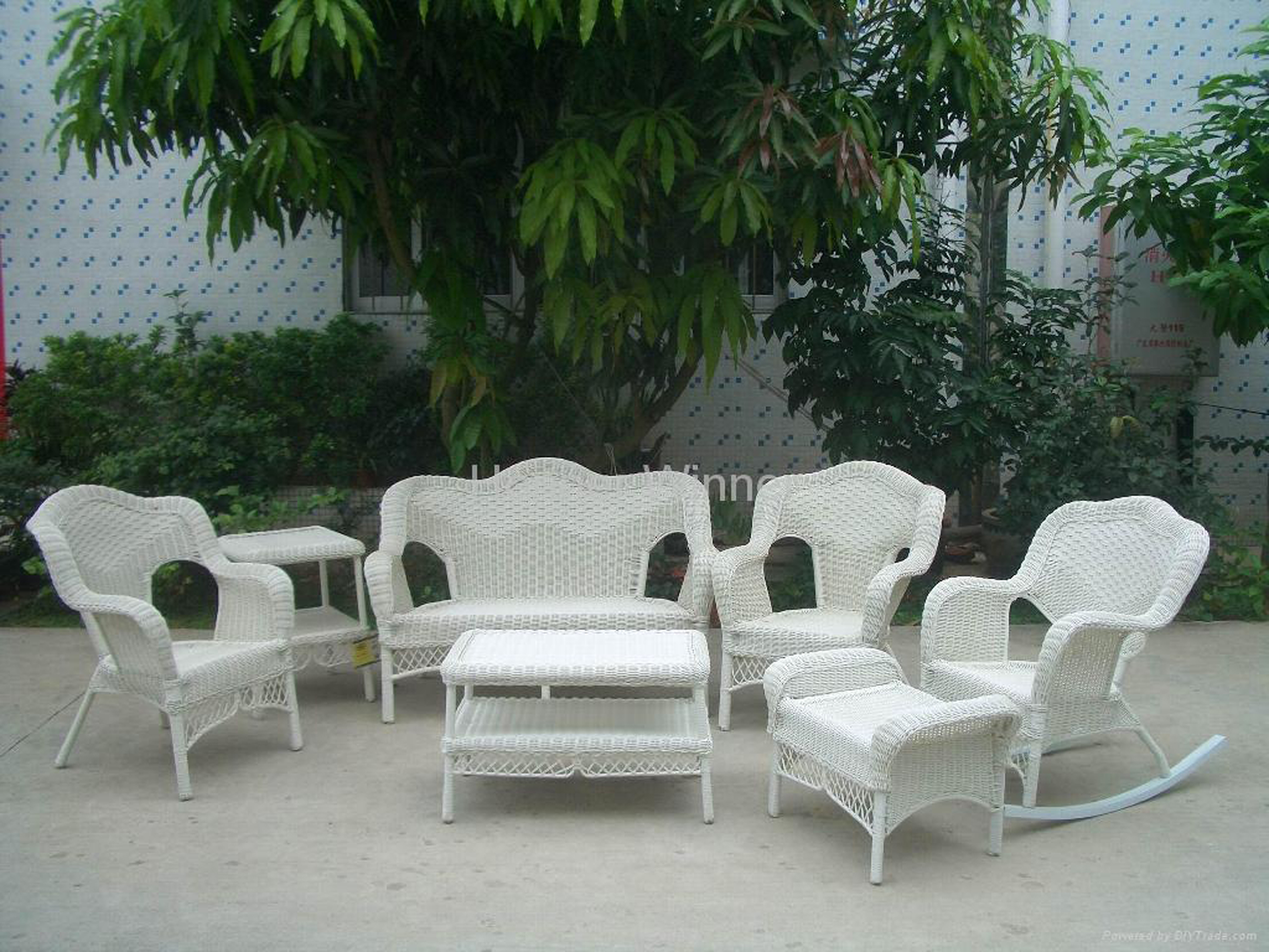 Lovely Outdoor Modern Wicker Design Idea With White Wicker Armchairs Lovable Outdoor Modern Wicker Design Ideas (Image 9 of 20)