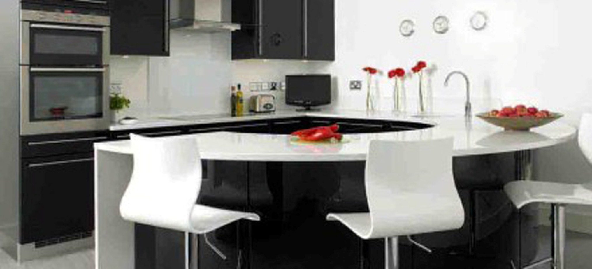 Modern Kitchen Island With Comfortable White Stool And Classic Breakfast Bar Design Plus Traditional Black Storage (View 15 of 31)
