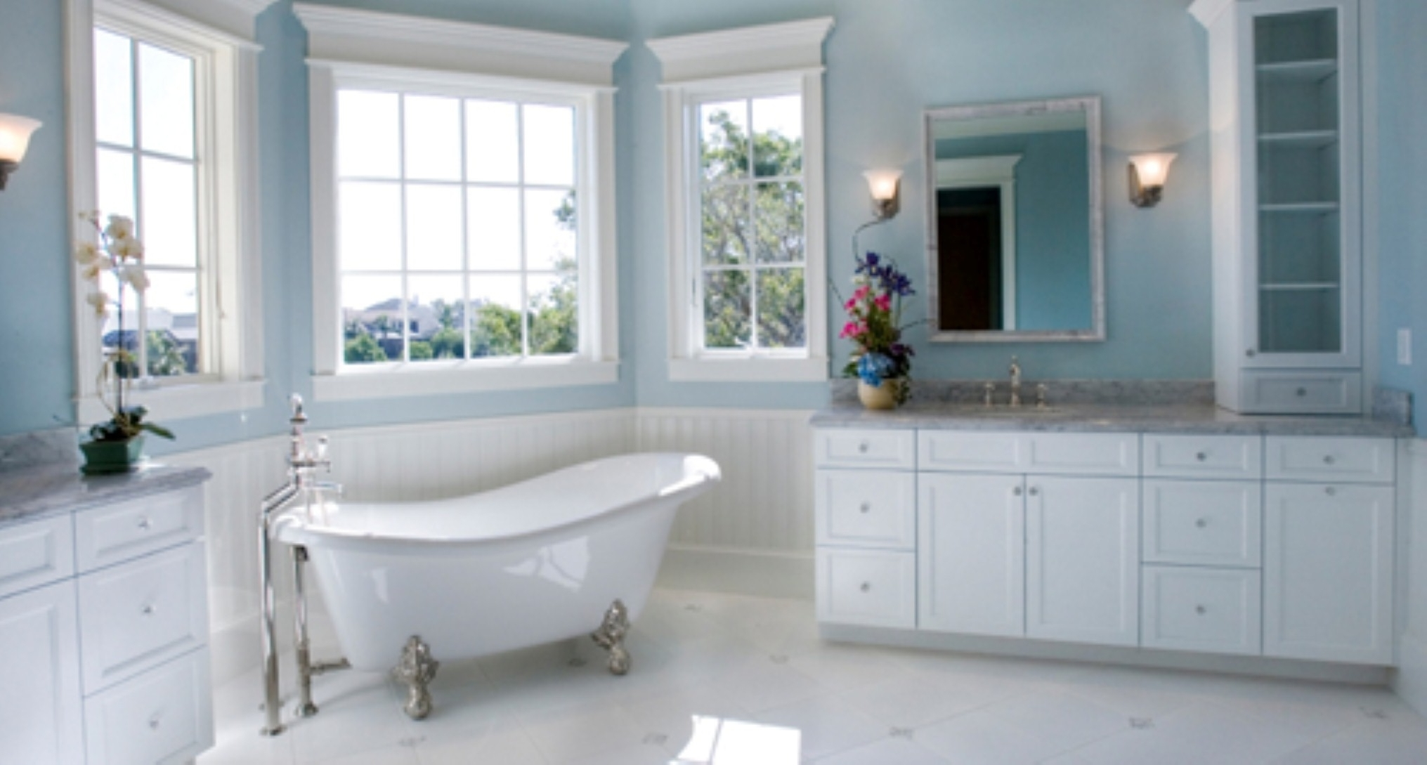 Featured Image of Stylish Bathroom Remodel