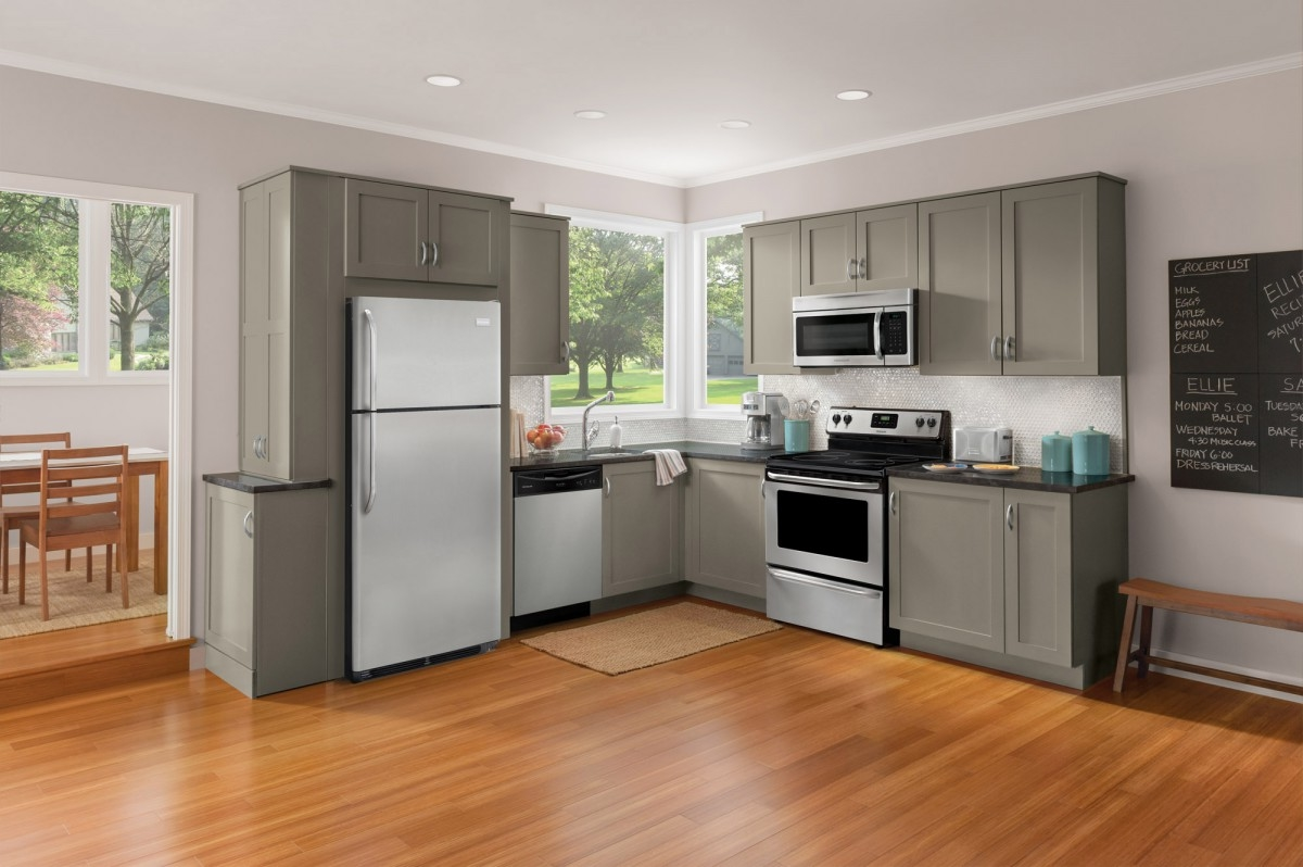 Kitchen Appliance Packages Kitchen Cabinet With Grey Color White Kitchen Appliance White Metal Fridge Freezer Draining Board Oven Microwave Cooker Hob Gs Cooker Stainless Steel (View 35 of 38)