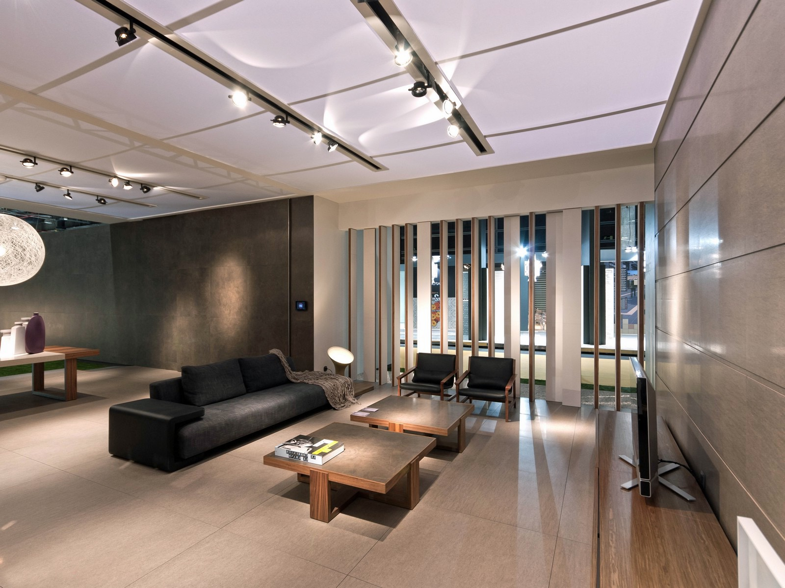 Modern Living Room With Travertine Flooring (View 2 of 15)