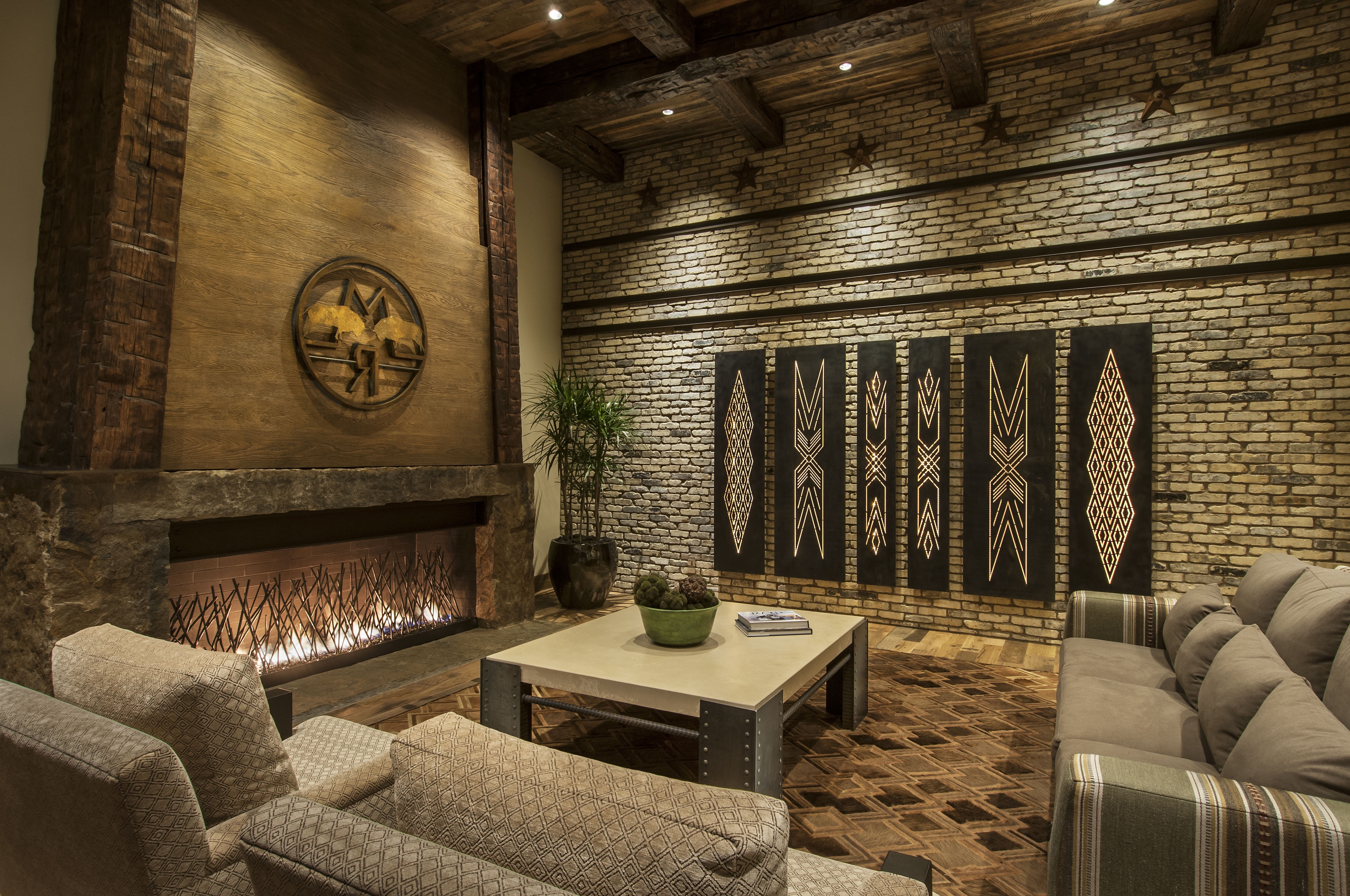 Neutral Southwestern Living Room With Brick Wall (Image 6 of 18)