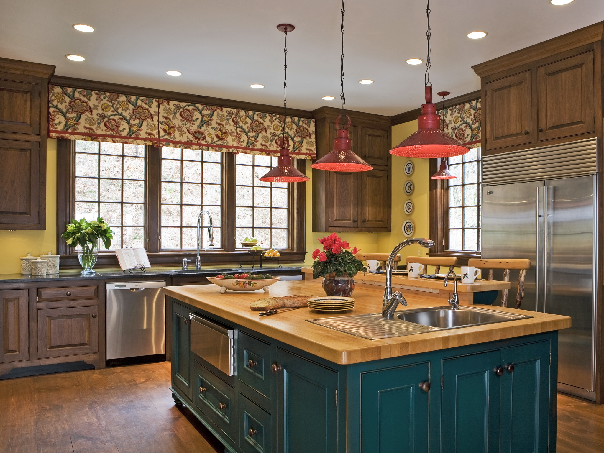 Beauty Hanging Pendant Lights For Country Kitchen Decor (View 11 of 20)