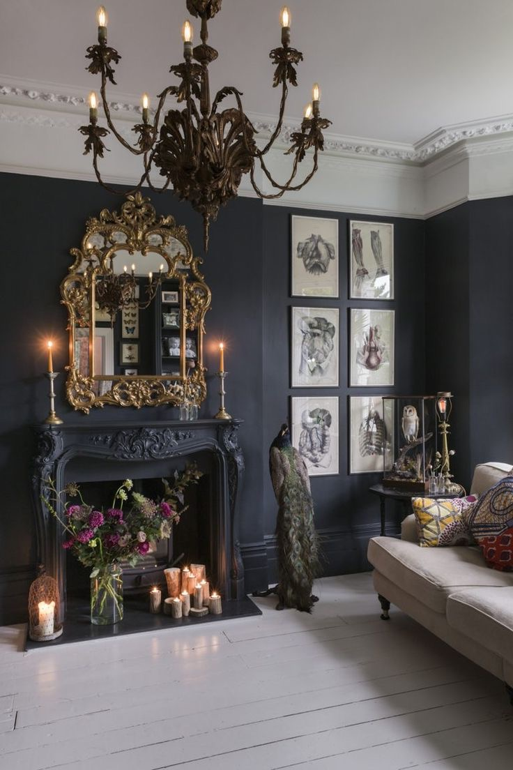 Black Chandelier For Gothic Interior Decor Theme (Image 2 of 10)