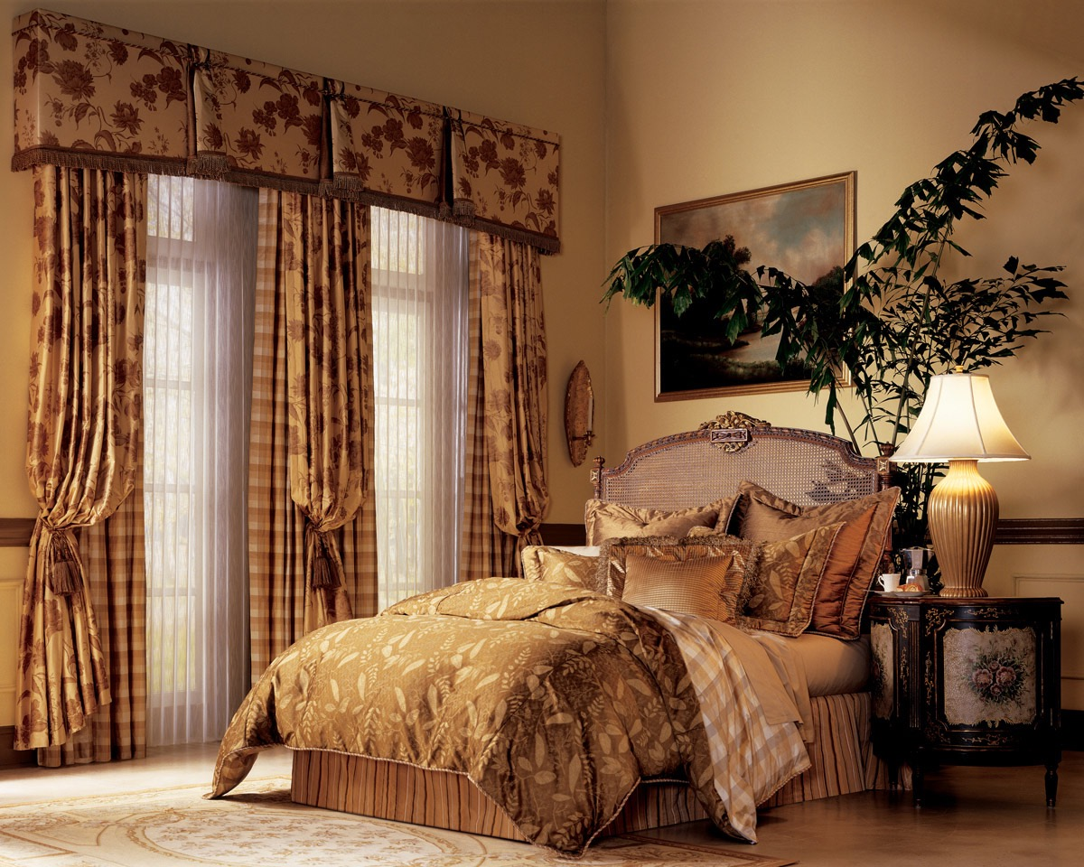 Classical Sheer Curtain For Bedroom Decoration (Image 7 of 20)