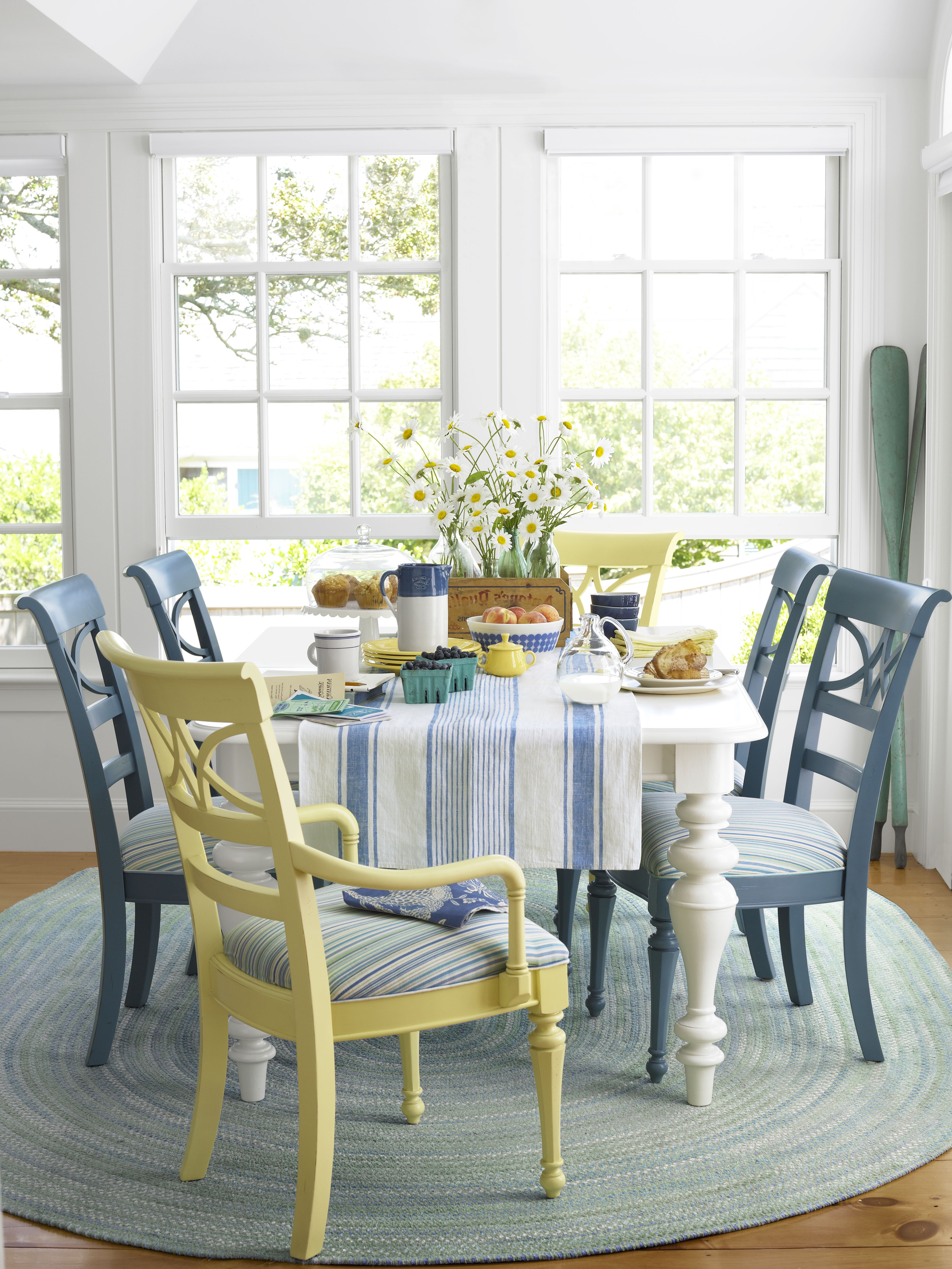 Cozy Braided Rug For Coastal Dining Room Interior (Image 4 of 15)
