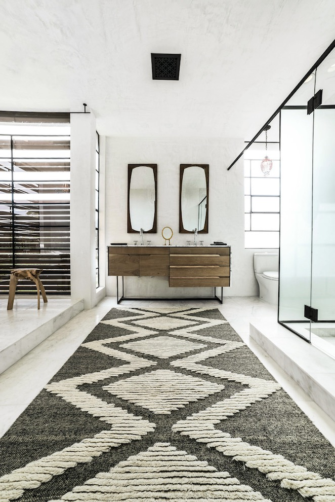 Cozy Scandinavian Bathroom Rugs Decoration In Modern Style (Image 6 of 15)