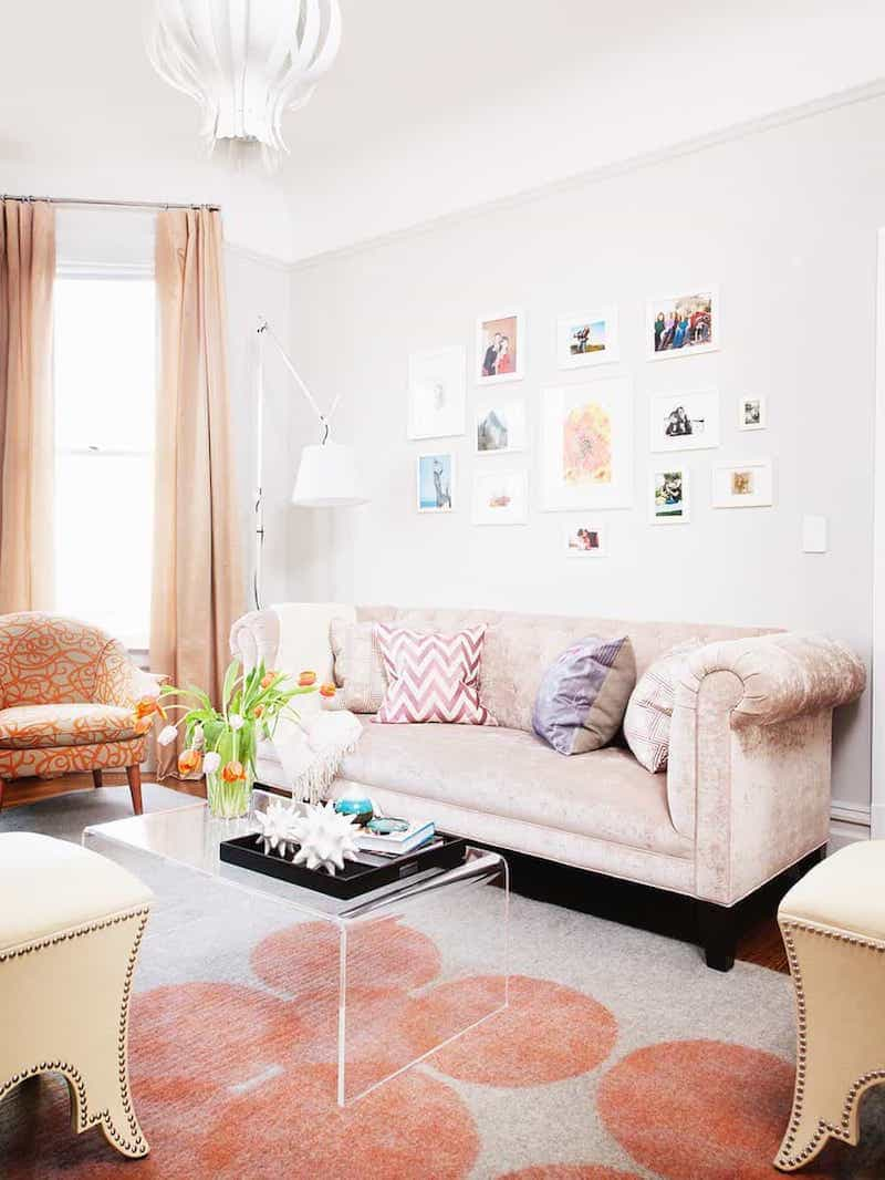 Cozy Shag Rug Decor For Orange Eclectic Living Room (View 15 of 15)