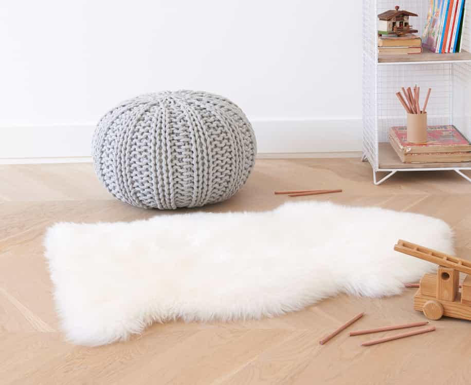 Cute Nuzzler Rug Small Sheepskin Rug (Image 8 of 15)