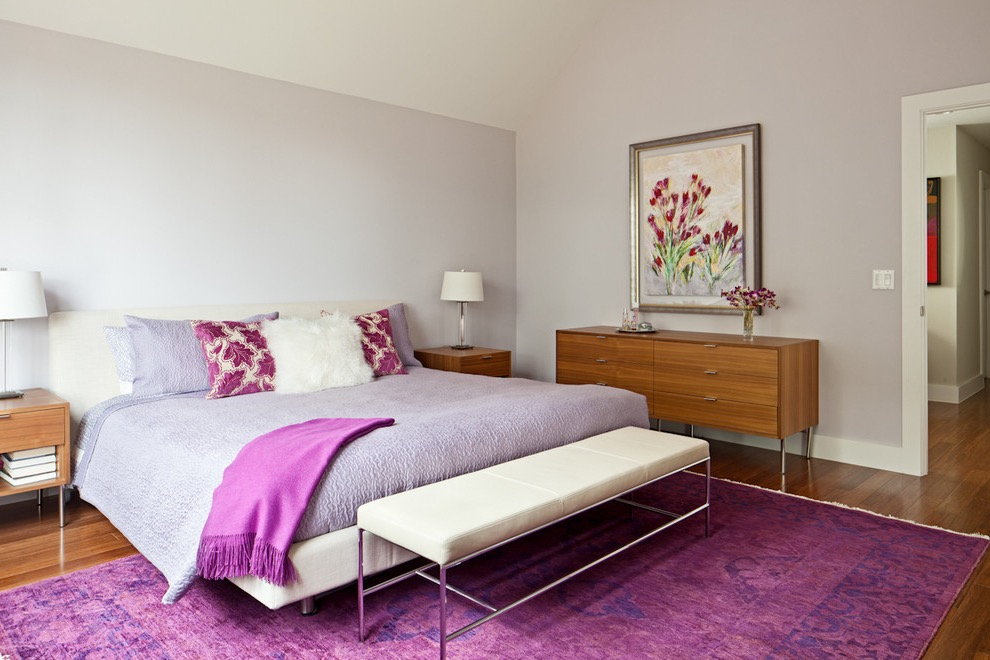 Cute Purple Rug Decor For Minimalist Bedroom In Modern Design (Image 3 of 10)