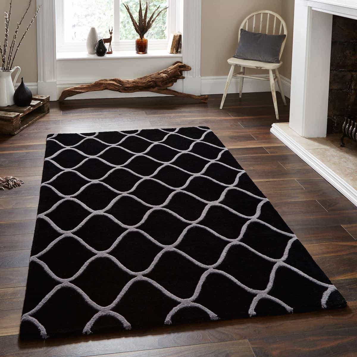 Duo Tone Quatrefoil Handmade Wool Rug With Black Color Rug (Image 7 of 15)