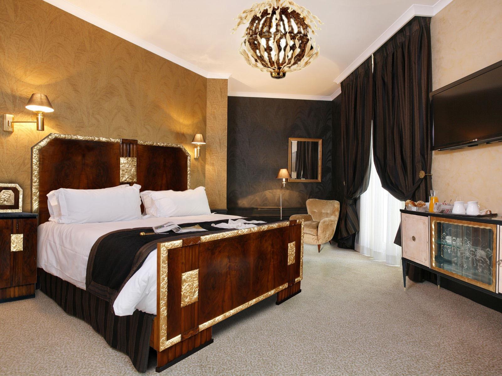 Elegance Luxury Bedroom With Art Deco Lamps (View 10 of 13)