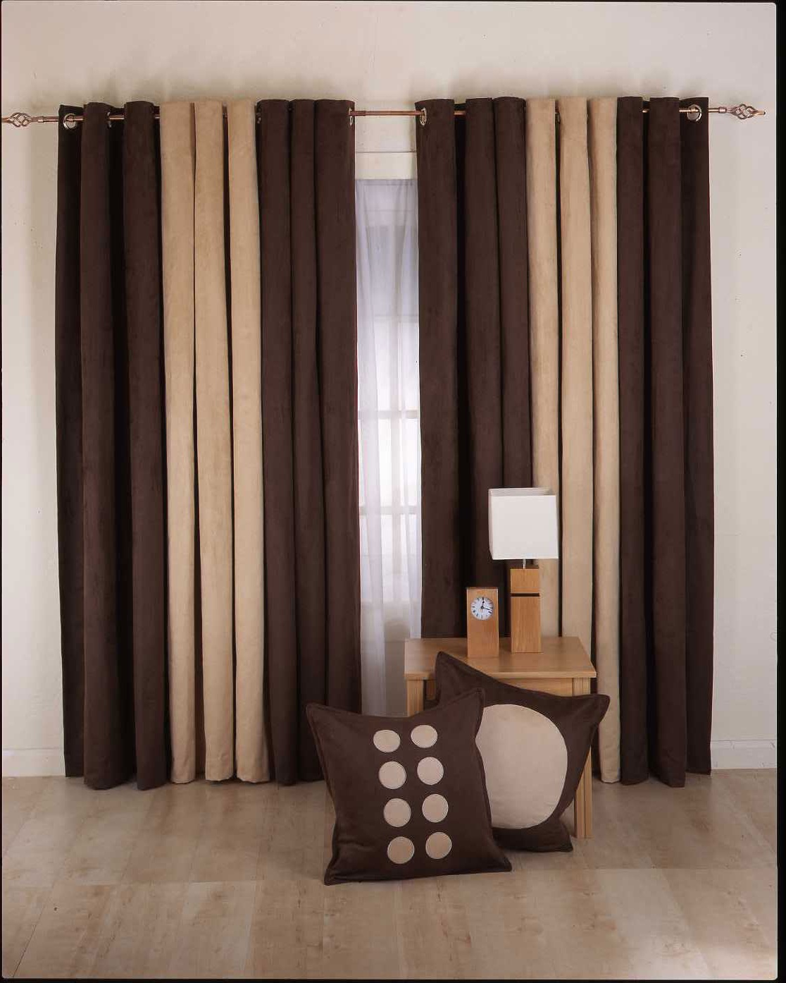Elegant Sheer Curtain In Modern Design (Image 13 of 20)