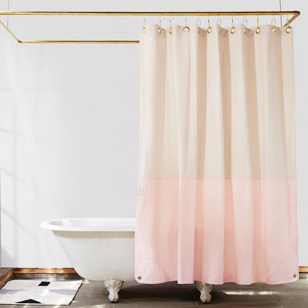 Gorgeous Shower Curtain (Image 8 of 15)