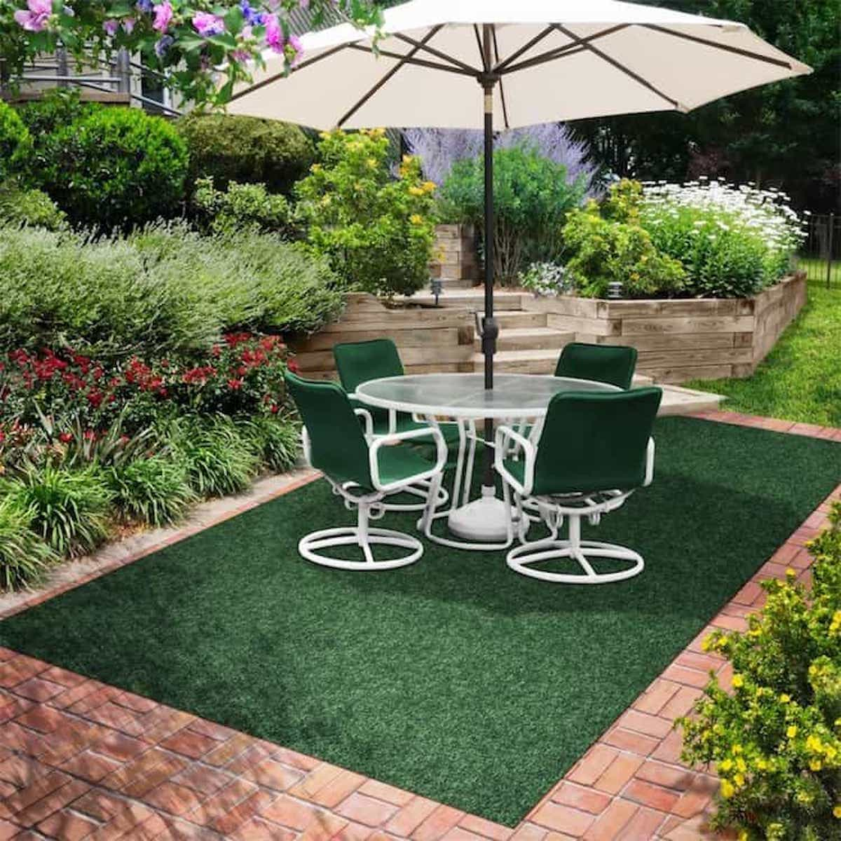Green Grass Like Outdoor Rugs For Patios (View 8 of 15)