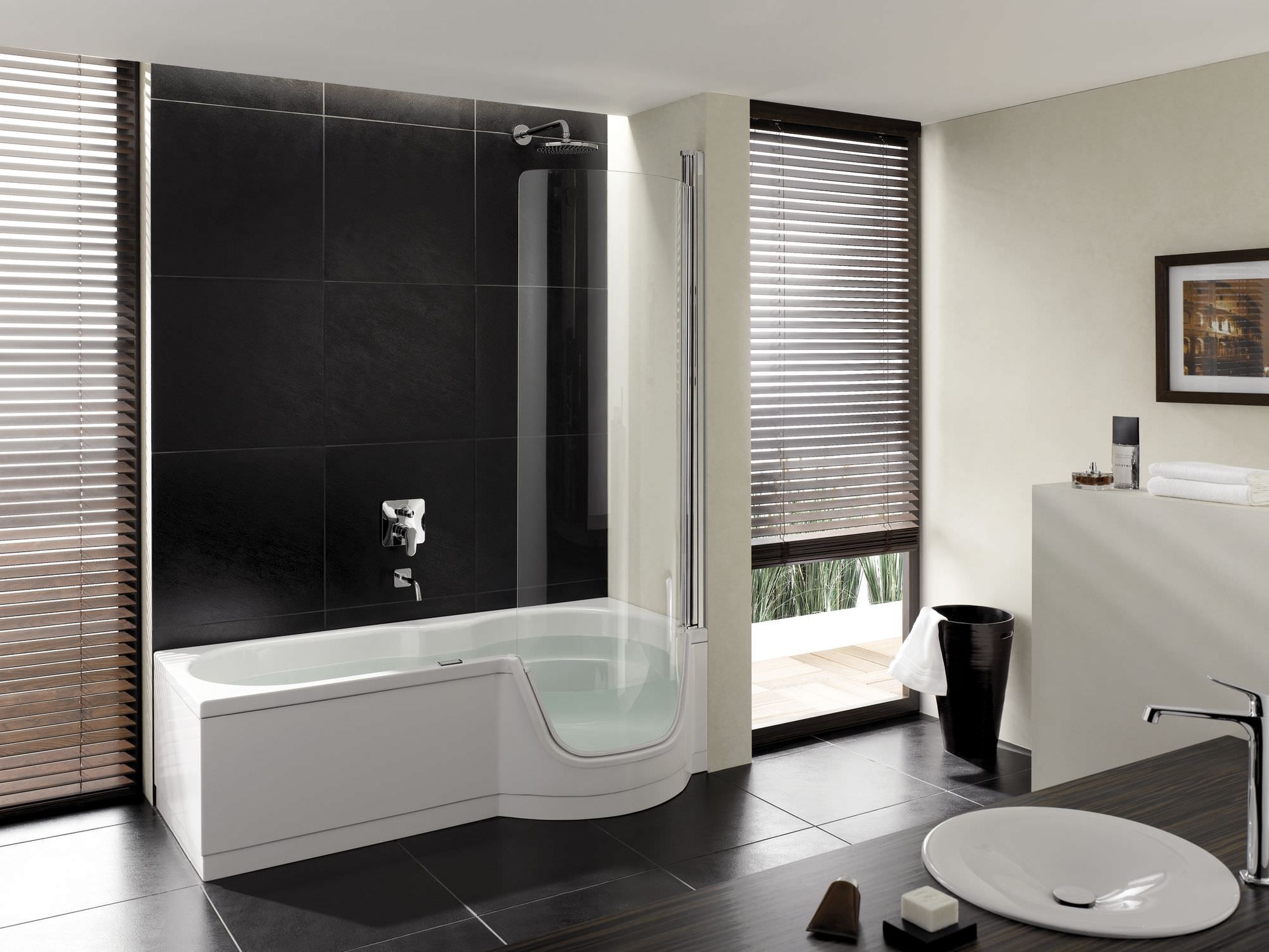 Large Modern Minimalist Walk In Tub For Apartment (View 5 of 15)