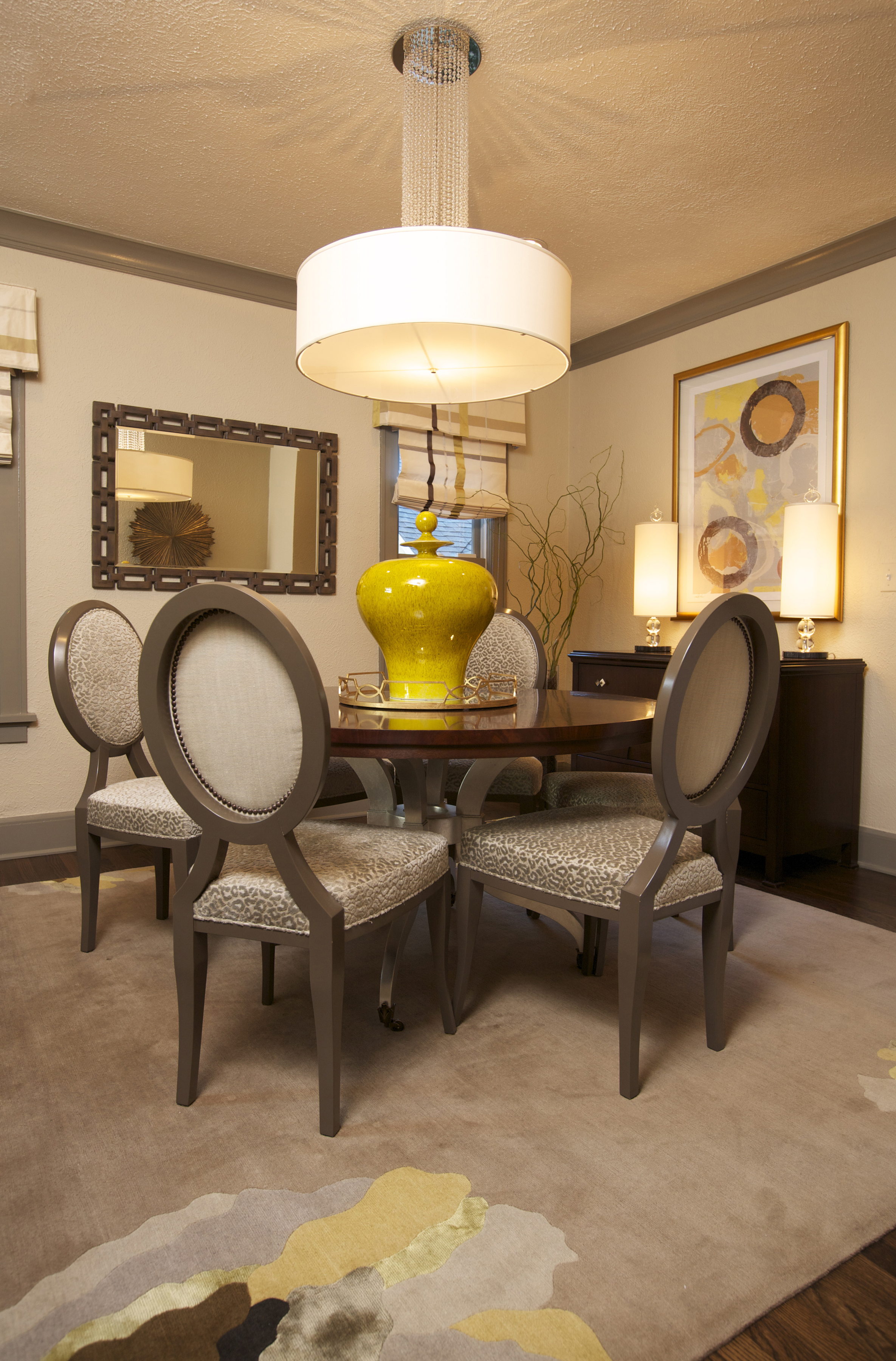 Luxury Hanging Lamp For Formal Round Dining Room (Image 14 of 20)