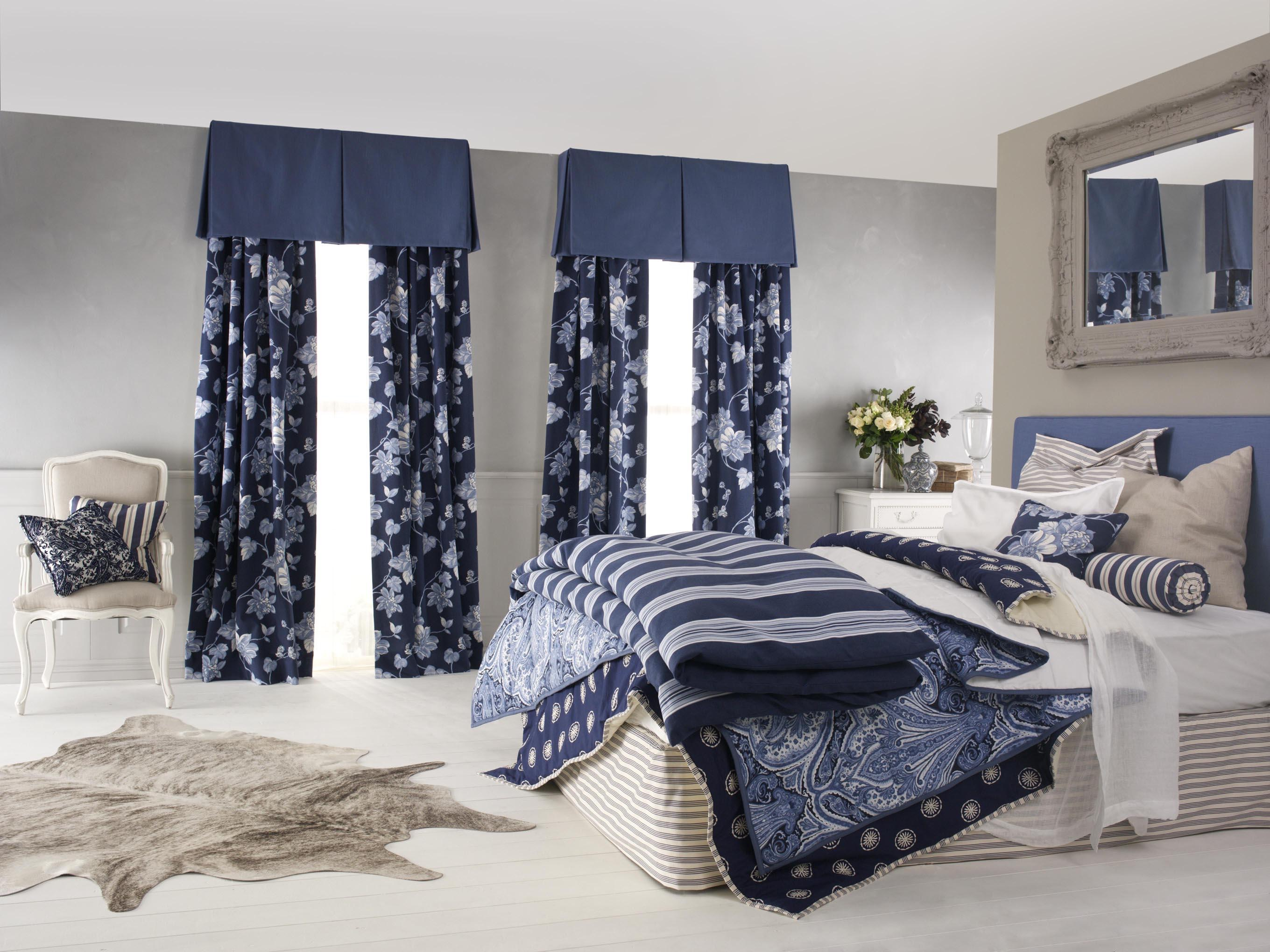 Expert tips on how to choose the right curtains custom Modern bedroom blue