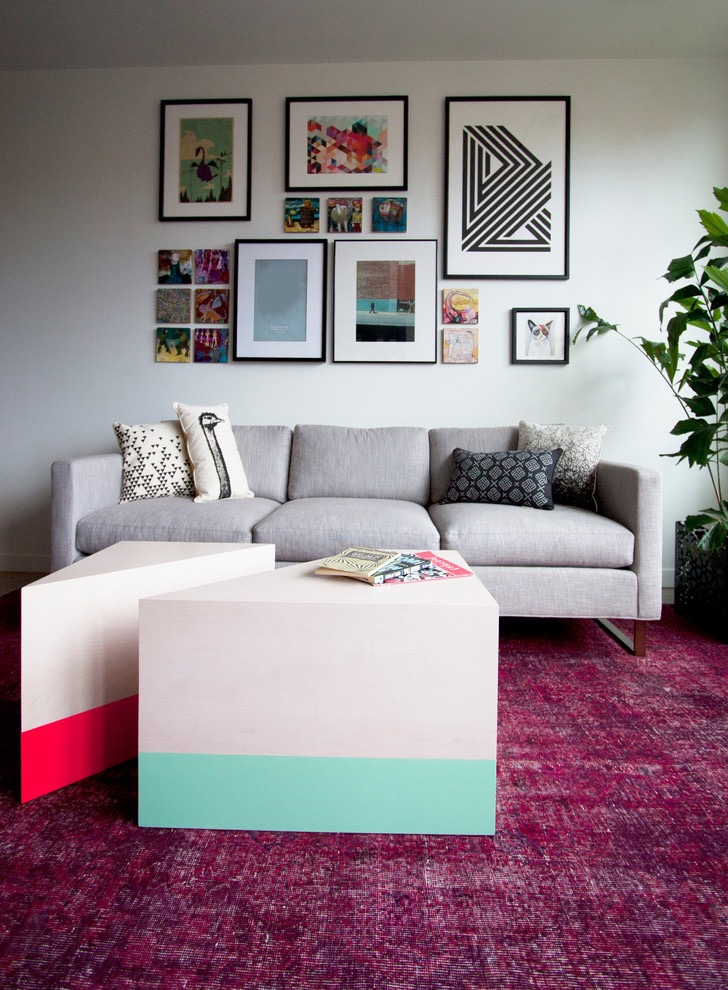 Modern Minimalist Living Room With Pink Rug Colors Decor (View 6 of 10)