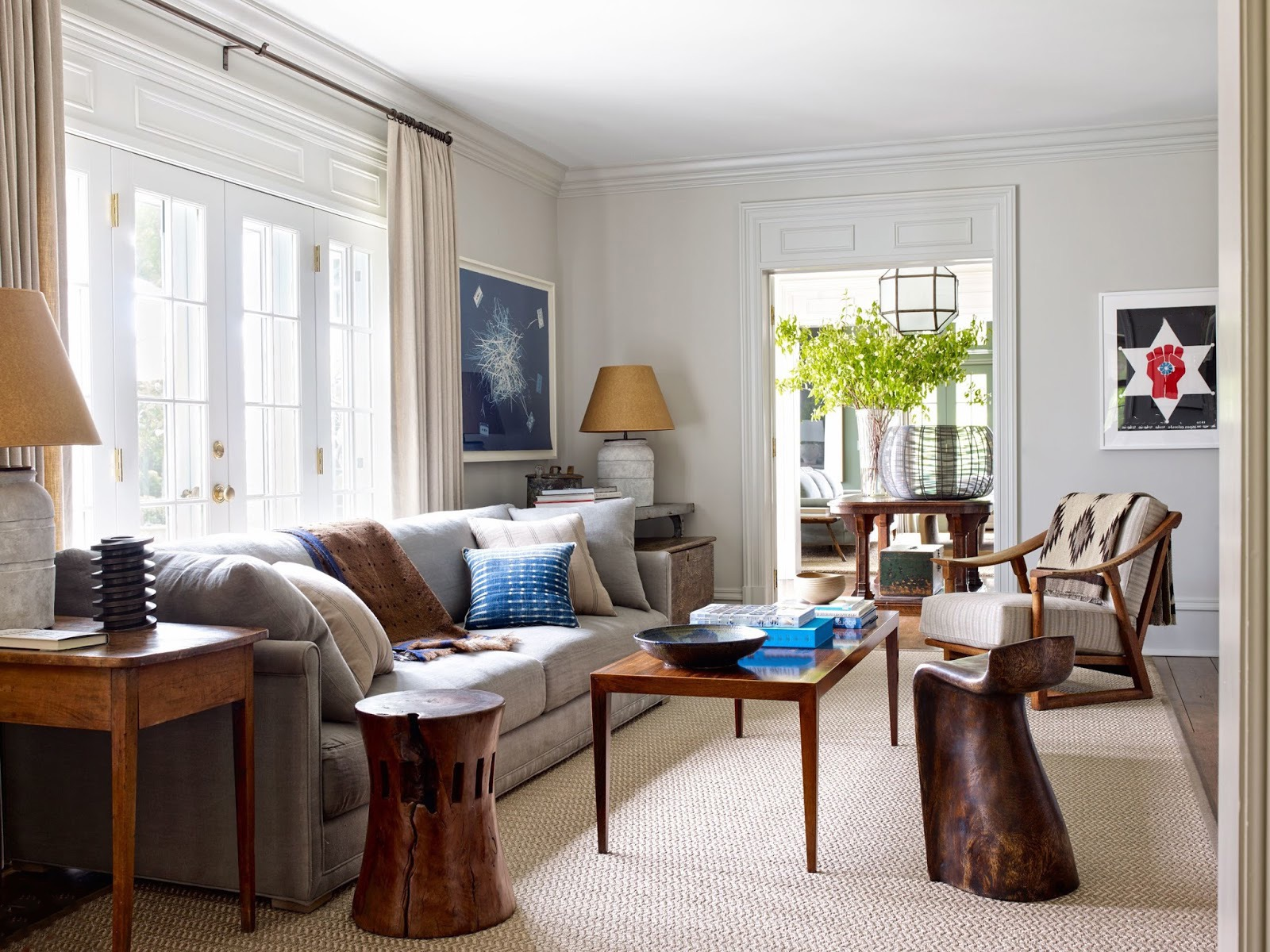 Rustic Living Room With Wood Chair And Braided Rug (View 15 of 15)