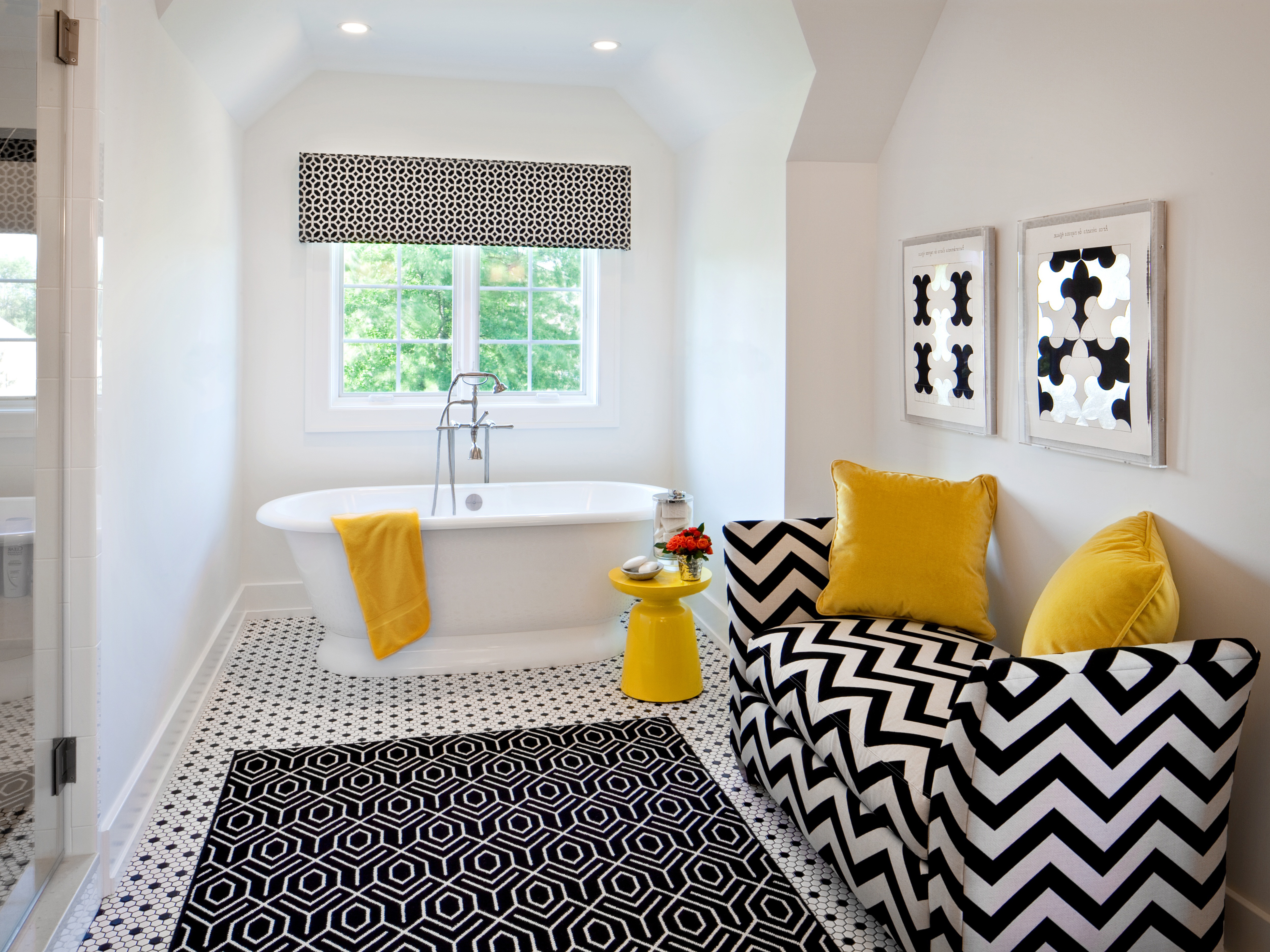 Featured Image of 15 Best Bathroom Rugs And Bath/Shower Mats Decor Ideas