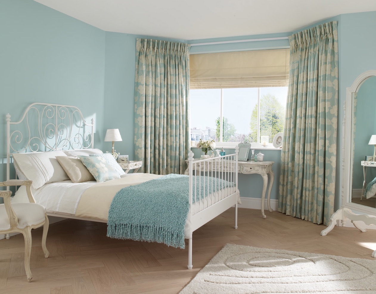 Traditional Bedroom With Double Sheer Curtains (Image 12 of 12)