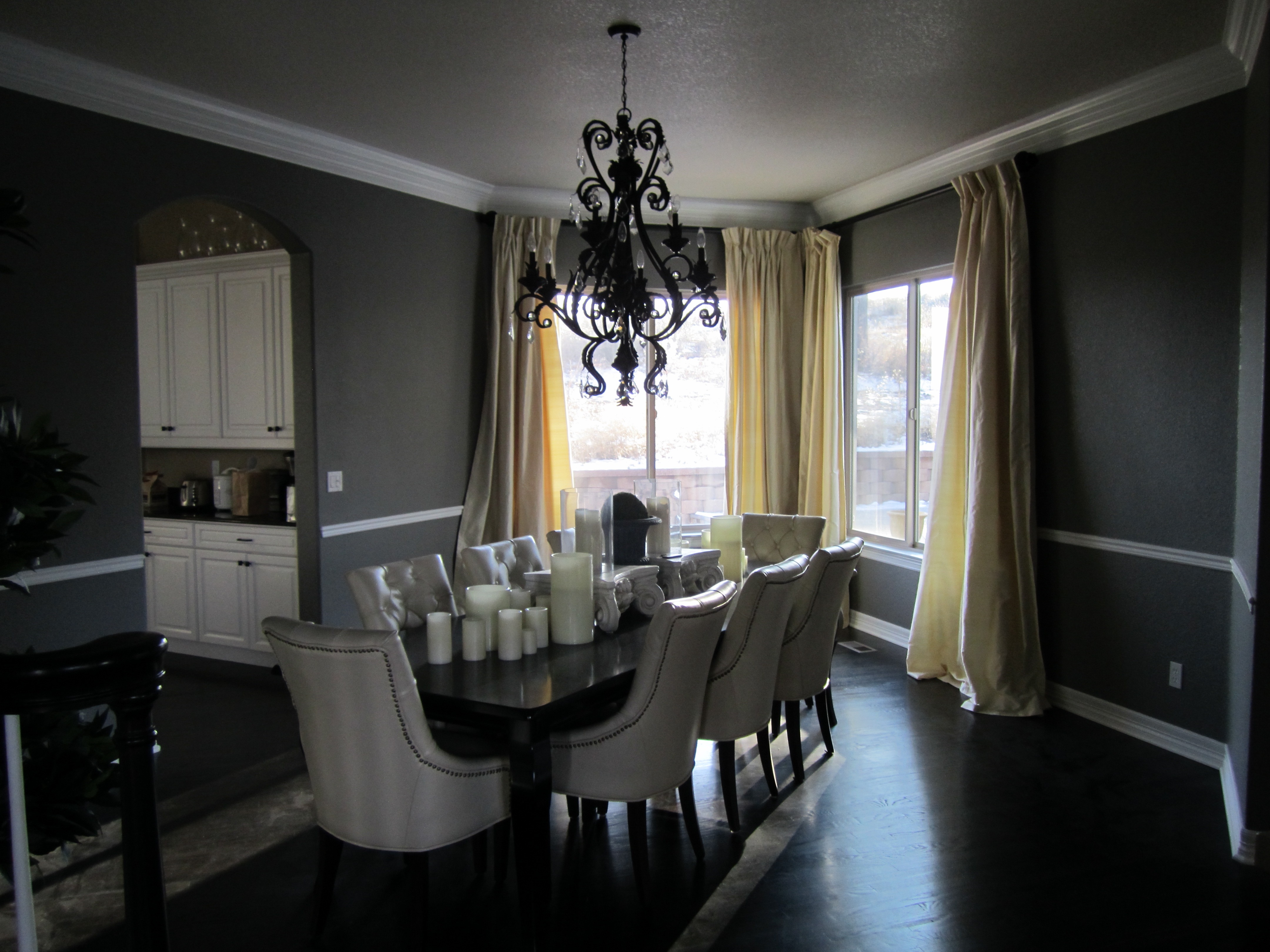Vintage Black Black Chandelier For Dining Room Decor (Image 8 of 10)