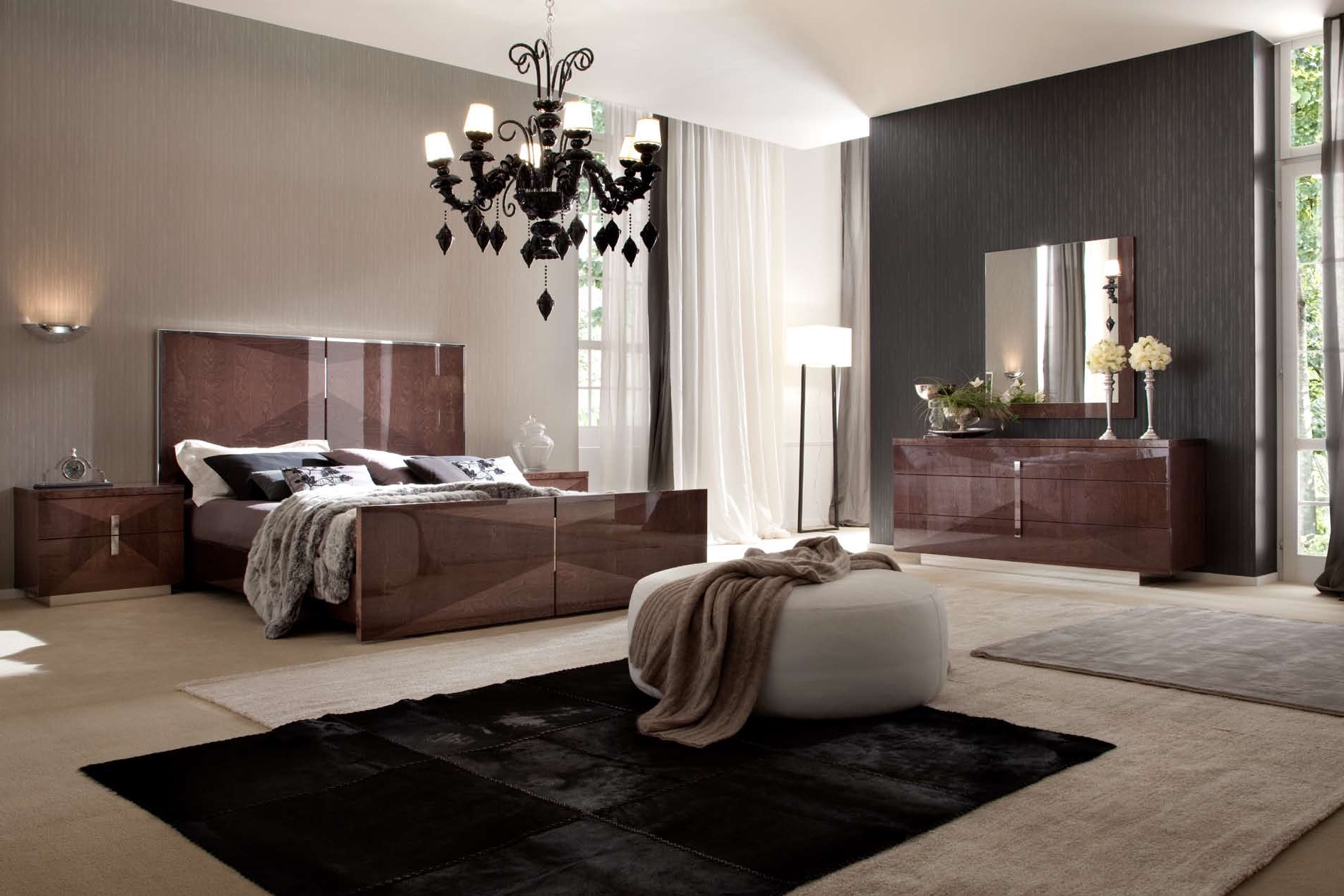 10 black chandelier decor ideas custom home design. Black Bedroom Furniture Sets. Home Design Ideas