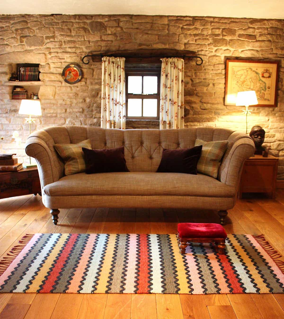 Geometric Pattern Modern Color Wool Rug For Traditional Living Room (Image 10 of 15)