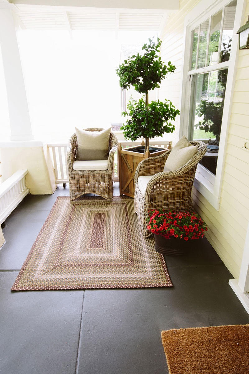 Rectangular Shapes Outdoor Braided Rugs Decor (View 8 of 15)