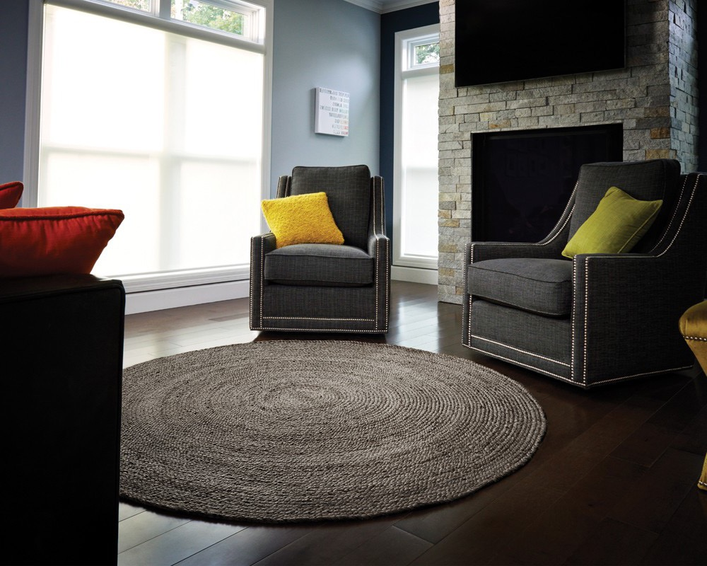 Transitional Natural Fiber Braided Jute Rug For Contemporary Living Room (Image 15 of 15)