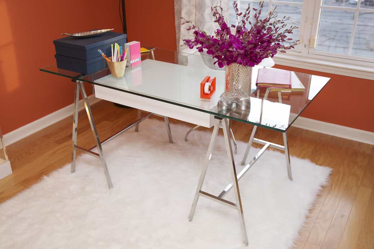 Modern Furnishings Home Office With Glass Desk And Pair With Orange Walls (View 2 of 8)