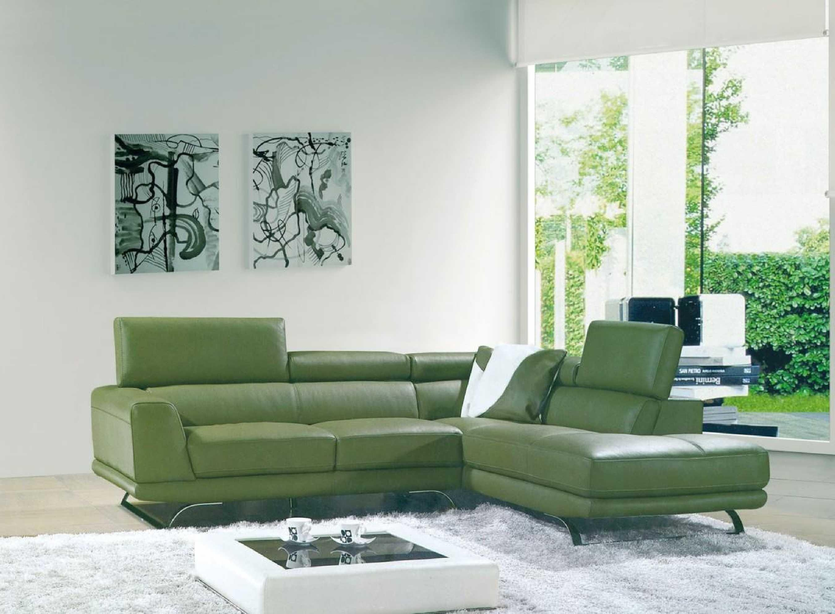 2017 16 Green Leather Sofa On Vig Furniture 8012 Green Bonded Inside Green Leather Sectional Sofas (Image 2 of 20)