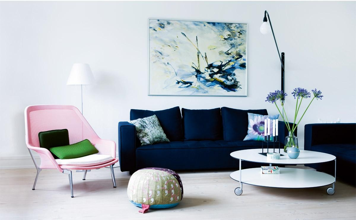 21 Different Style To Decorate Home With Blue Velvet Sofa in Blue and White Sofas