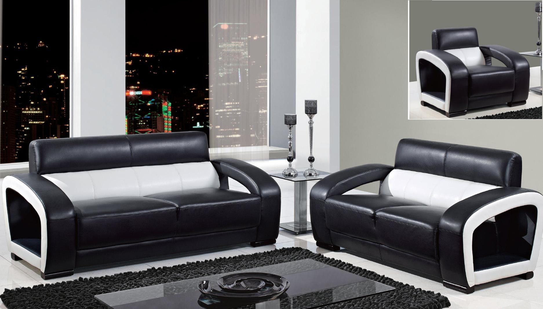 30 Imagens Para Te Inspirar Na Hora De Decorar A Sua Sala Neutral Regarding Sofas Black And White Colors (Image 2 of 20)