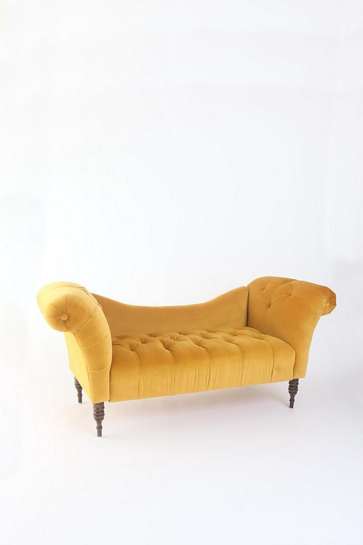 38 Best A Place To Swoon! Fainting Couches (Image 4 of 20)