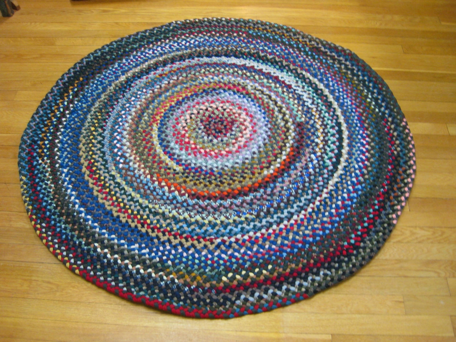 "4'5"" Wool Round Braided Rug – Country Braid House For Buy Braided Rugs For Less (Image 1 of 10)"
