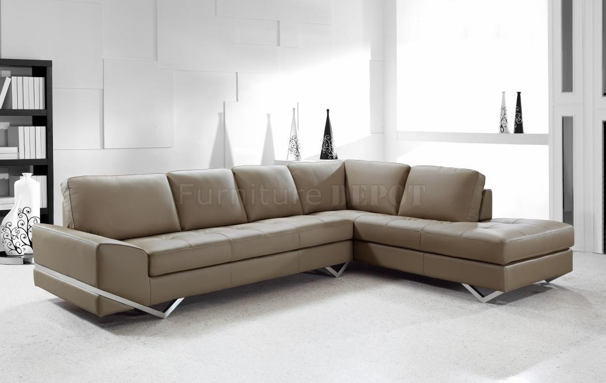 Amazing Long Modern Sofa With Long Island Sectional Sofa White Pertaining To Long Modern Sofas (Image 2 of 20)