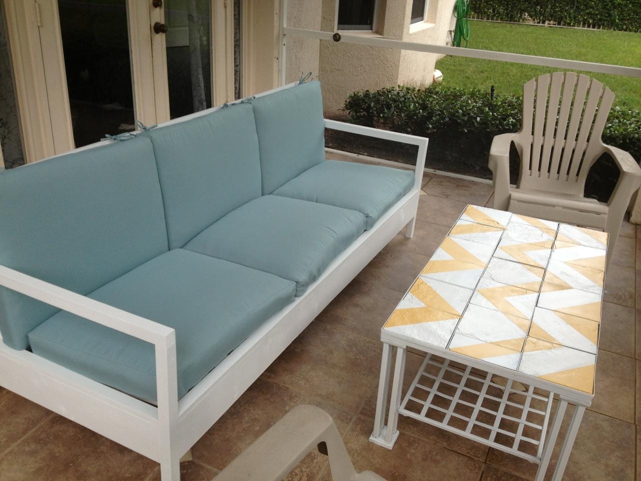 Ana White | Simple White Patio Sofa – Diy Projects Throughout Ana White Outdoor Sofas (Image 16 of 20)