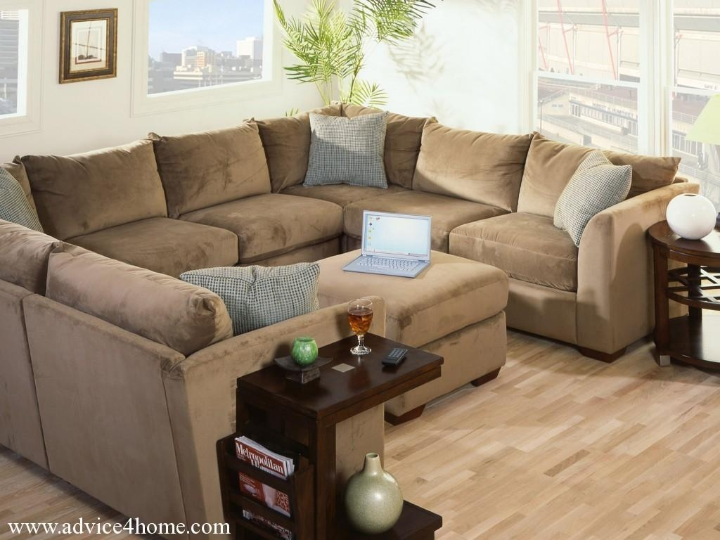 Attractive Brown Sofa Design In Apartment Living Room For Home And With Regard To Brown Sofa Decors (Image 3 of 20)