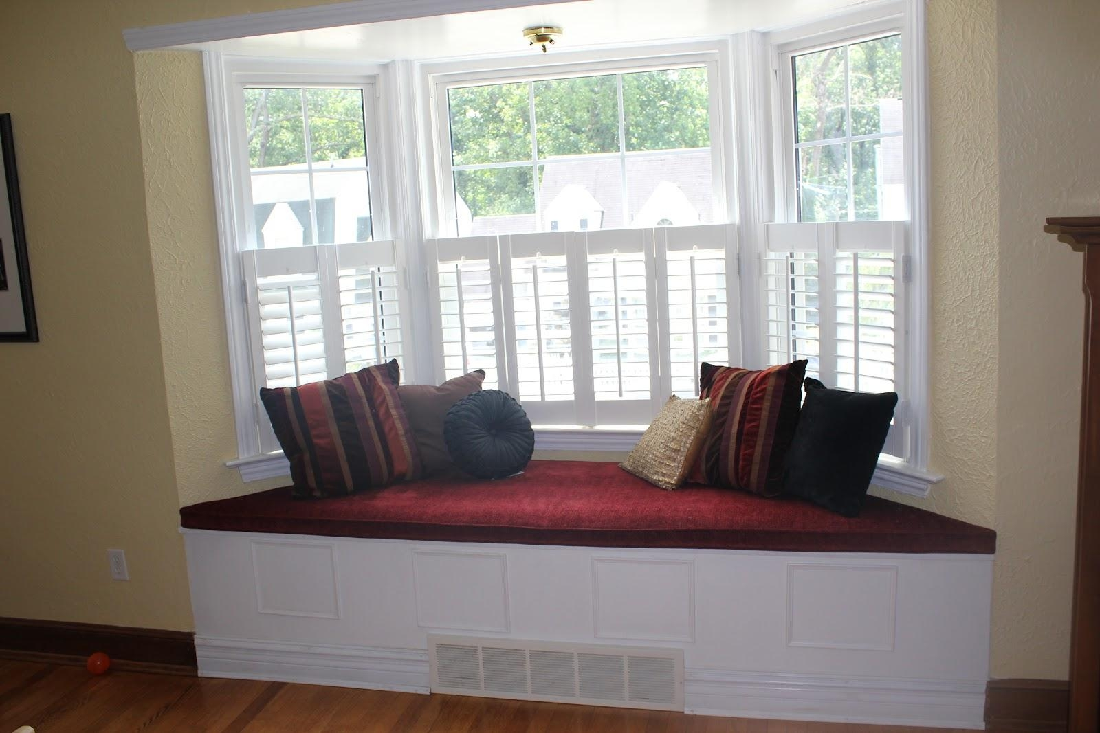 Bay Window Seat Cushion Singapore | Cushions Decoration Intended For Bay Window Sofas (Image 2 of 20)