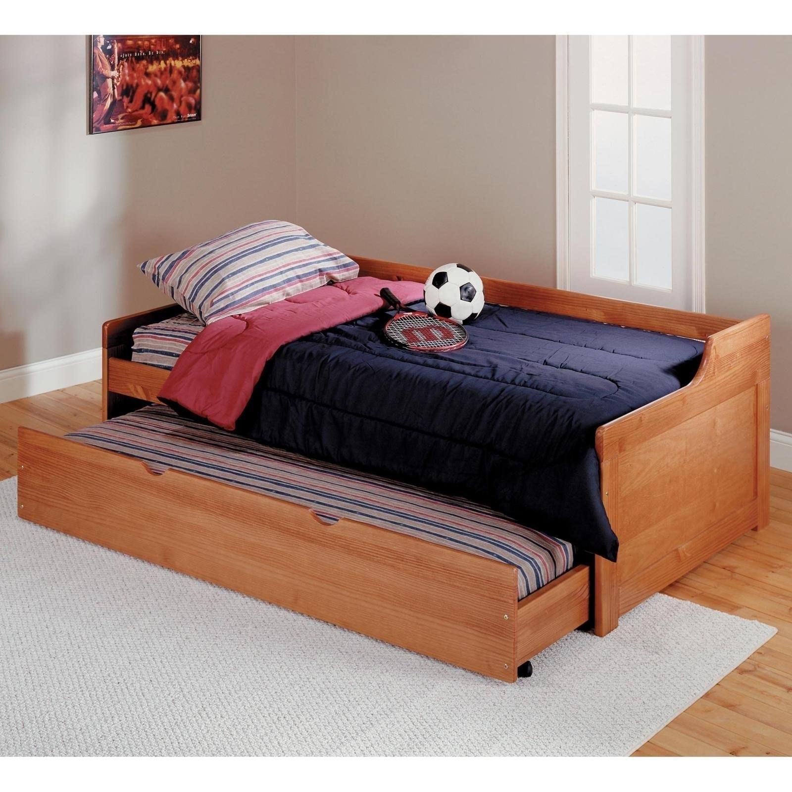 Beds Daybeds And Trundle Beds Pics With Mesmerizing Trundle Daybed Intended For Sofa Day Beds (Image 4 of 20)