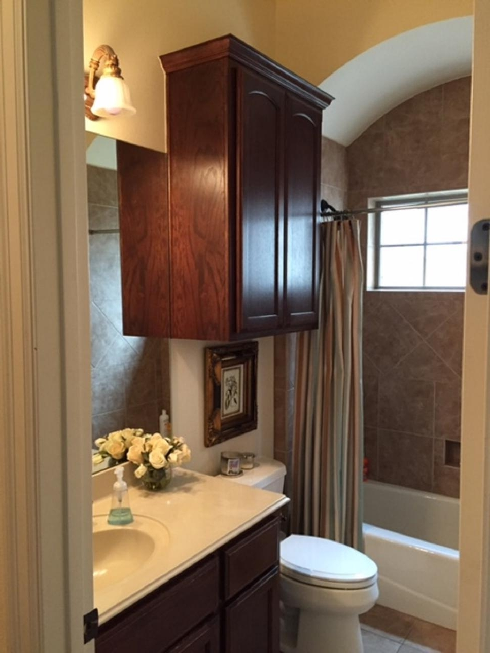 Before And After Bathroom Remodels On A Budget | Hgtv Within Bathroom Remodel (View 7 of 33)