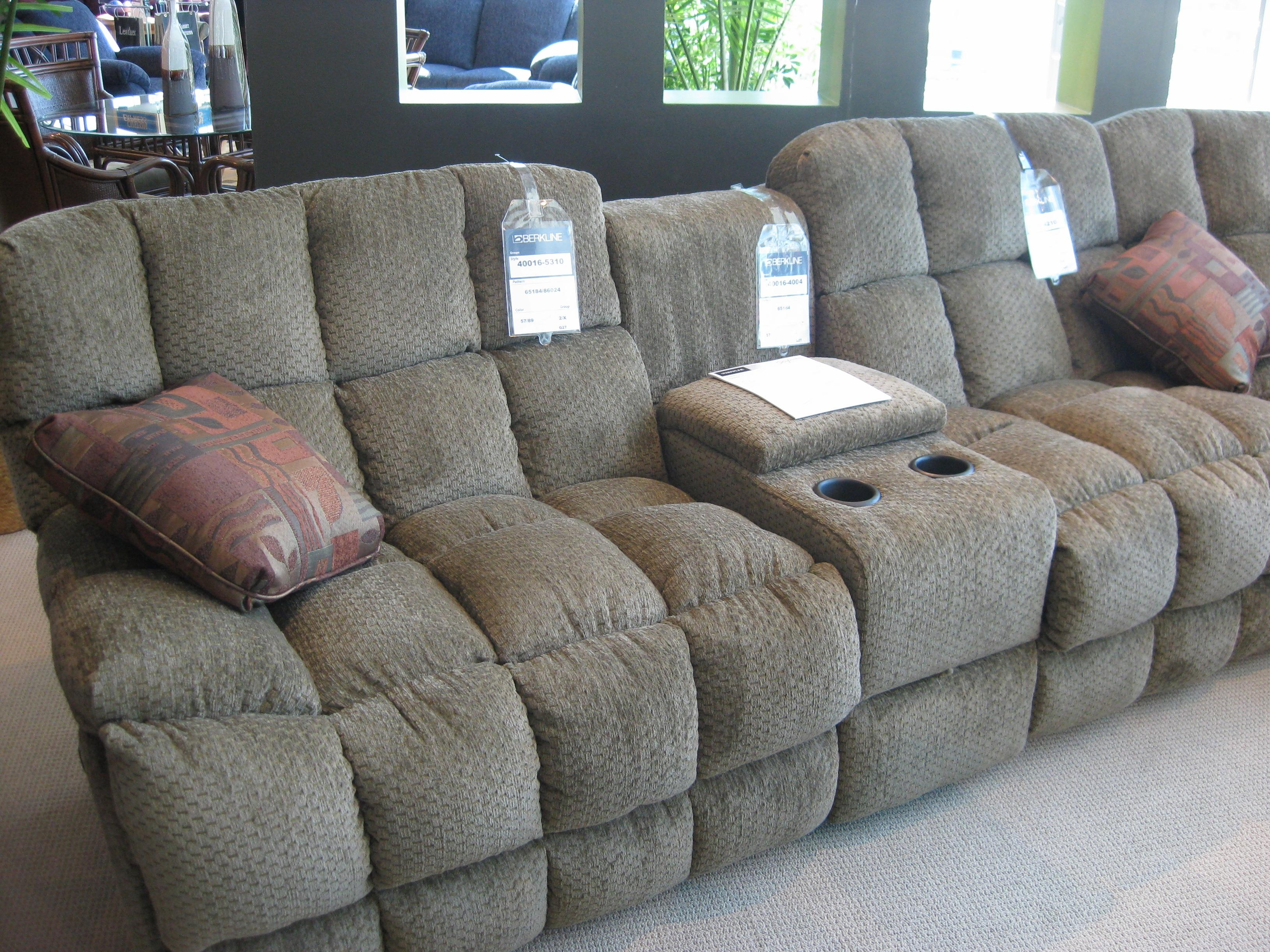 Featured Image of Berkline Sectional Sofa