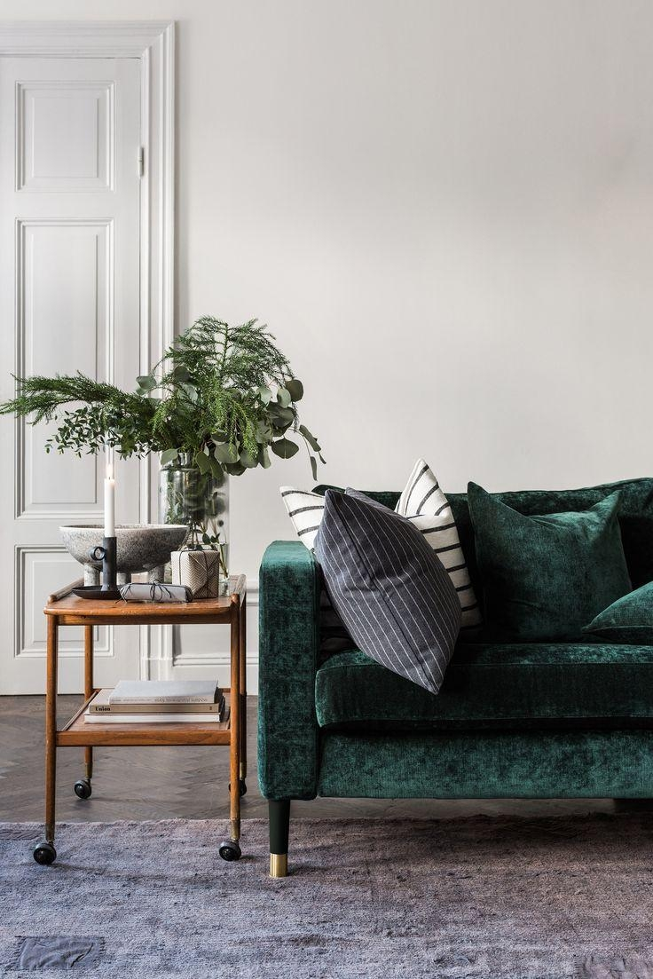 Best 10+ Velour Sofa Ideas On Pinterest | Green Sofa Design, Sofa With Emerald Green Sofas (View 13 of 20)