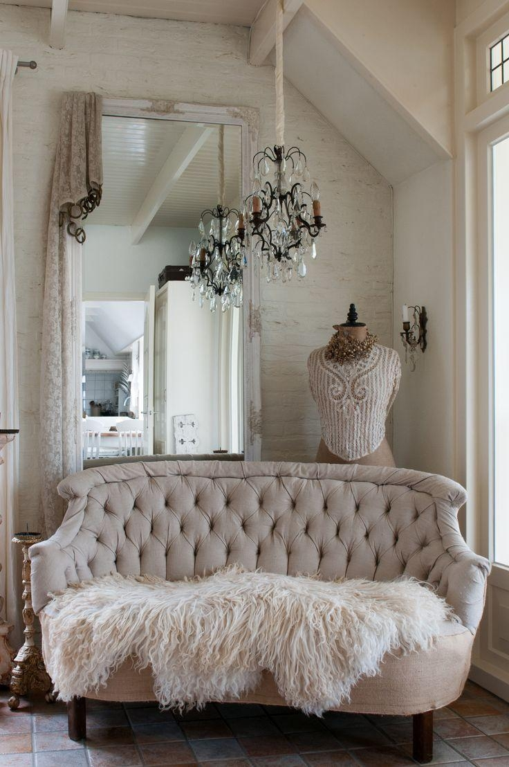 Best 20+ Shabby Chic Sofa Ideas On Pinterest | Shabby Chic Couch Pertaining To Shabby Chic Sofas Cheap (View 11 of 20)